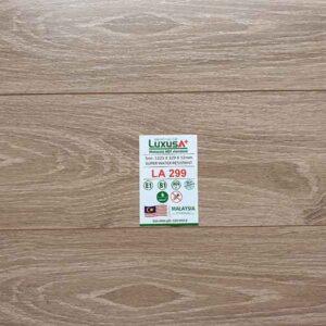 San-go-Luxus-a-LA299